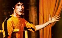 李小龙生前训练双截棍打乒乓球视频